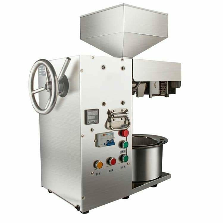 Small soybean extraction machine