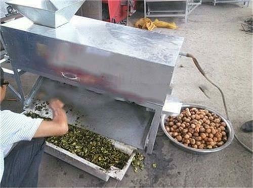 Macadamia nut shelling machine